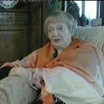 """""""A dio ho chiesto di scrivere solo cose utili"""". È morta all'età di 93 anni la grande scrittrice Elena Bono"""