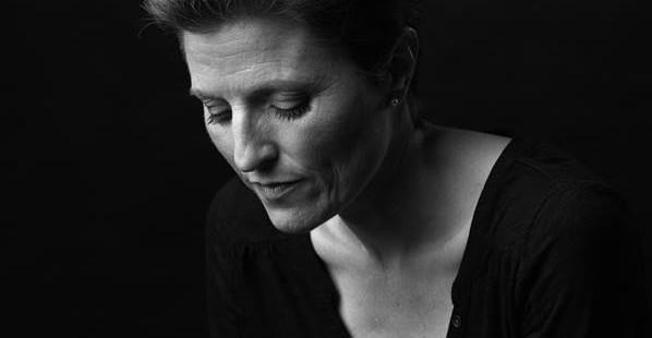Quattro poesie inedite di Francesca Bell # Traduzione di Alessandra Bava