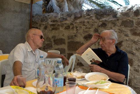 Willem van Toorn e Franco Loi - Seneghe (Sardegna) - 2010 - Foto Ineke Holzhaus (1)